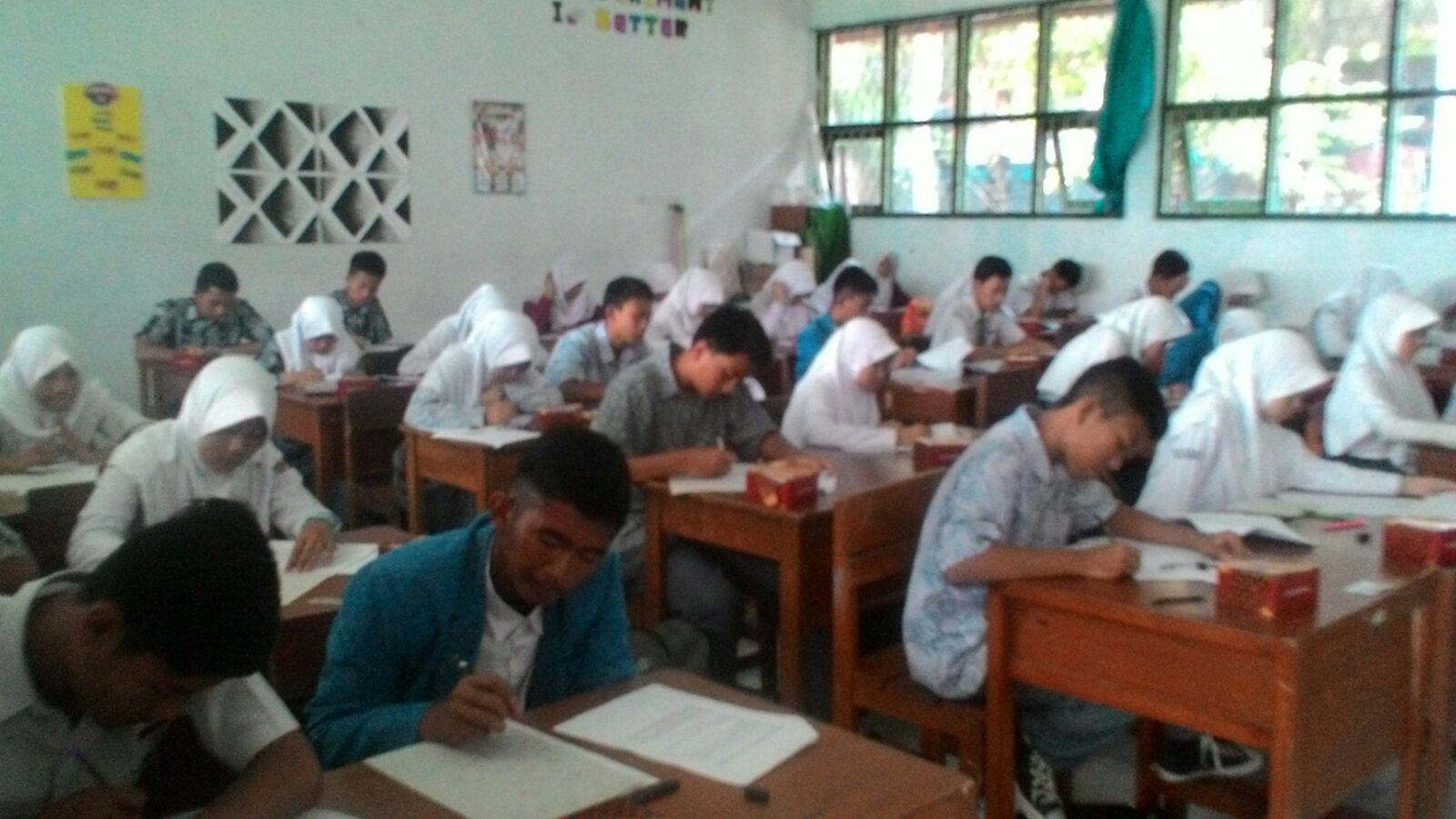 Siswa SMA Al Kausar