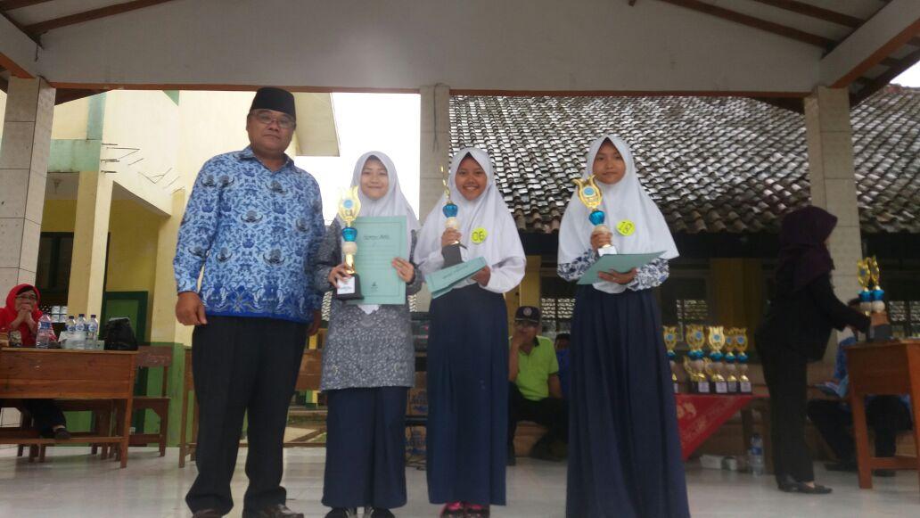 Ifki Juara 2 Solo Vocal FLS2N Tingkat Kabupaten